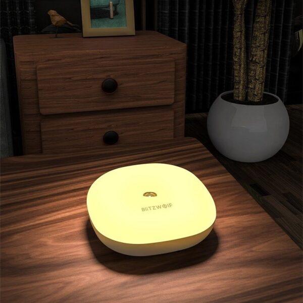 SmartZone.bg Нощна лампа BlitzWolf BW-LT18 с жестове, RGB
